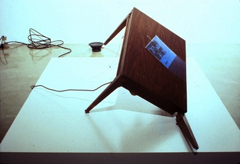 Oliver_mcirwin_self_repairing_table._1999