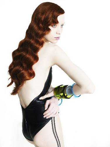 Editorial_judith_nipton_waves_hires